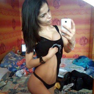 Bobbi from Algodones, New Mexico is looking for adult webcam chat