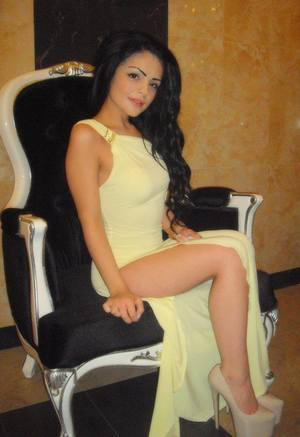Angie is looking for adult webcam chat
