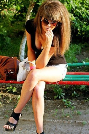 Donetta from West Virginia is looking for adult webcam chat