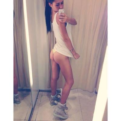 Myrna is looking for adult webcam chat