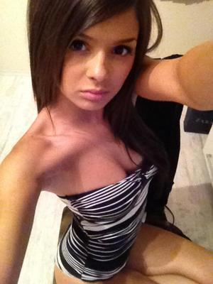 Sasha is looking for adult webcam chat