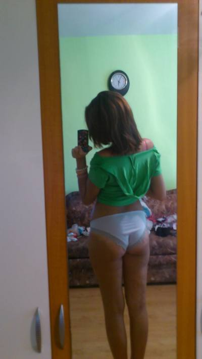 Nelida is looking for adult webcam chat