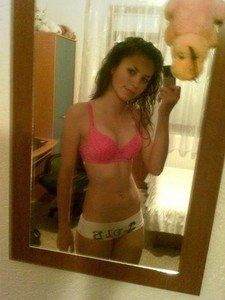 Kathyrn from Richmond, Virginia is looking for adult webcam chat
