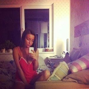 Nanette from Leavenworth, Washington is looking for adult webcam chat