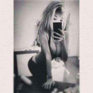 Claudie from Naches, Washington is looking for adult webcam chat